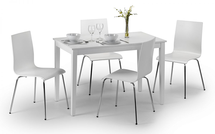 Taku Dining Set (4 Chairs)