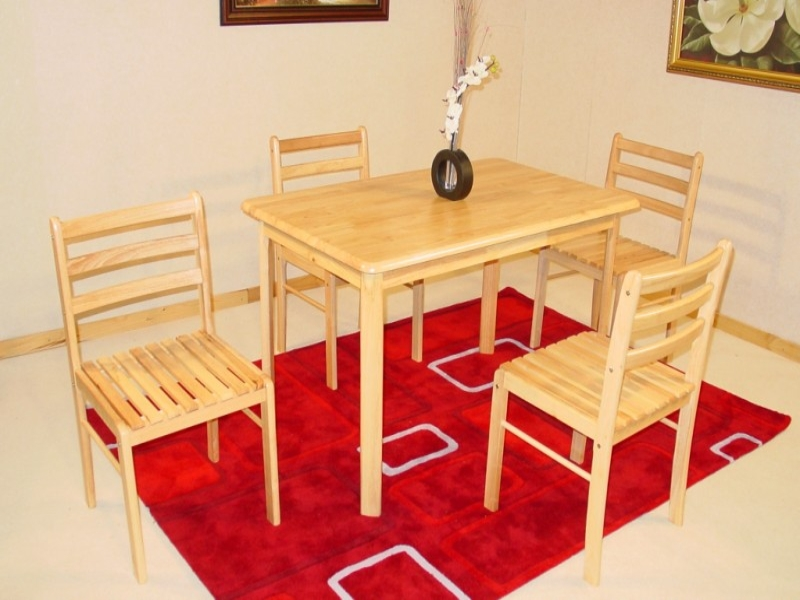 York Table & 4 Chairs