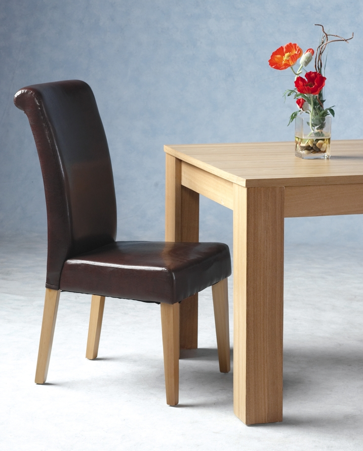 Dunoon Table & 6 Chairs