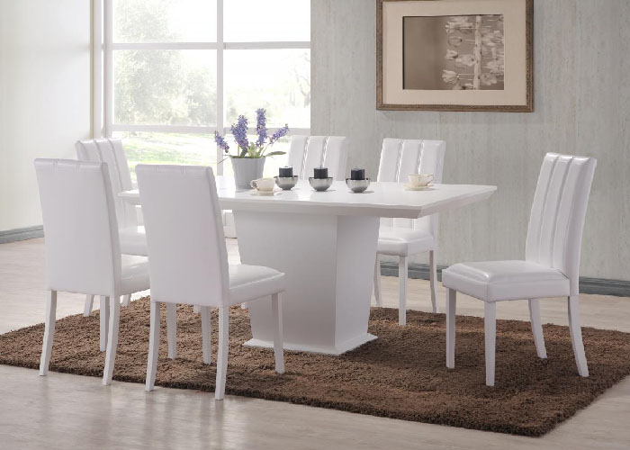 Feather Dining Set With Trogon Chairs