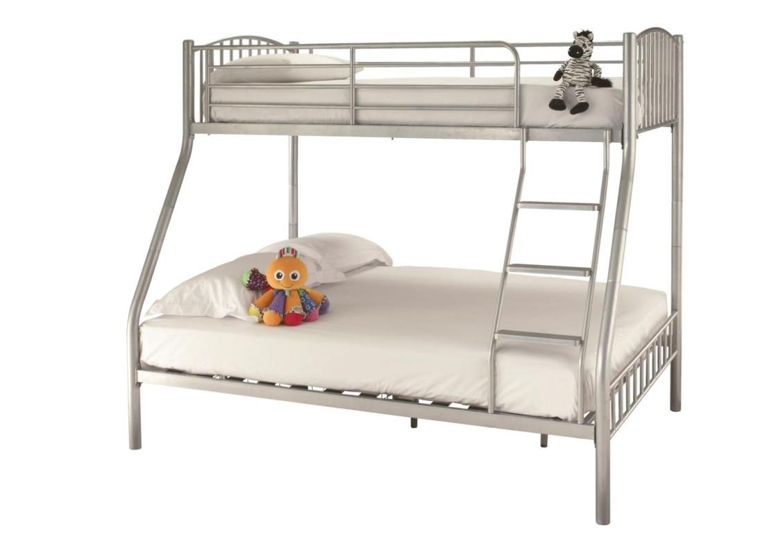 Oslo Three Sleeper White / Black / Silver Bunk