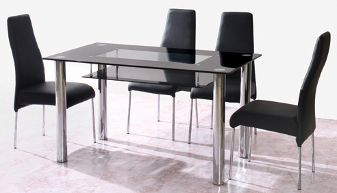 T141 Table & 4 Chairs