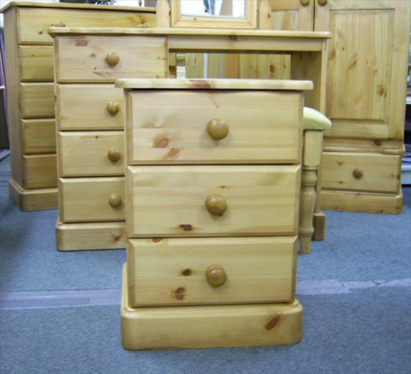 TBS Range Pine 4 Drawer Dressing Table