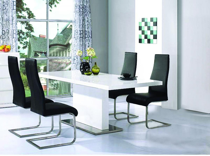 Chaffee high gloss table & 4 chairs