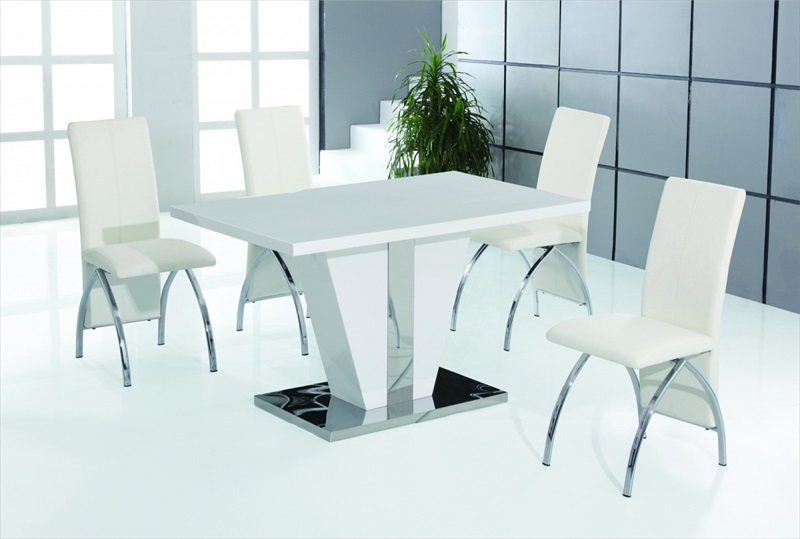 Costilla high gloss table & 4 chairs