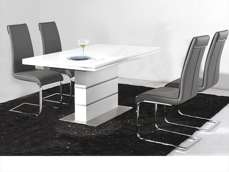Dolores high gloss table & 4 chairs