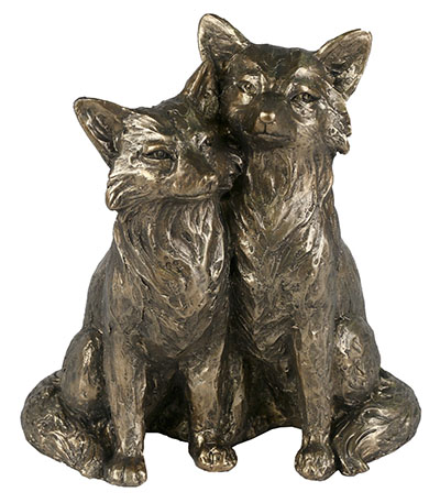 Cast Resin Fox Couple